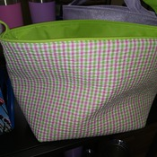 EasterBasket03-2 Green and Pink Plaid Basket